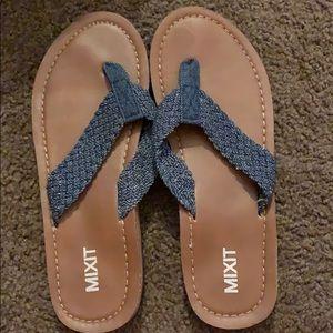 Shoes - Sandal